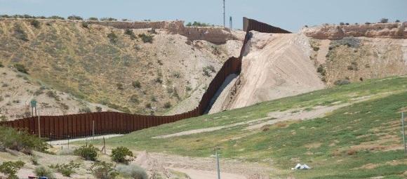 Fencing borders